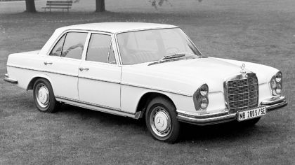 1968 Mercedes-Benz 280SE ( W108 ) 1