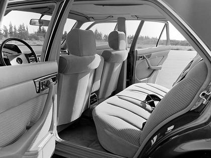 1981 Mercedes-Benz 300SD Turbodiesel ( W126 ) 6