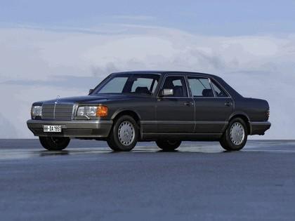 1985 Mercedes-Benz 560SEL ( W126 ) 1