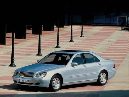 1998 Mercedes-Benz S320 ( W220 ) 2