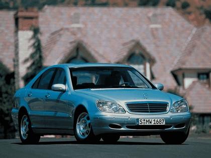 1998 Mercedes-Benz S320 ( W220 ) 5