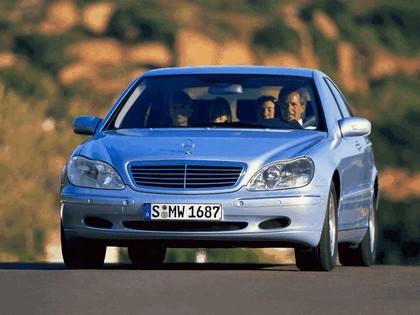 1998 Mercedes-Benz S320 ( W220 ) 7