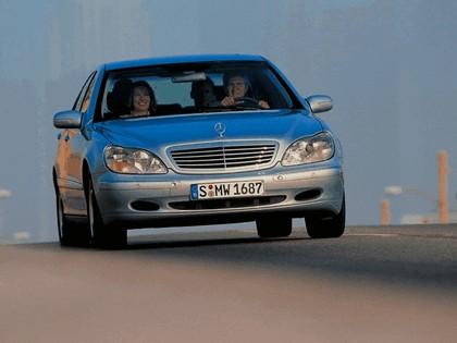 1998 Mercedes-Benz S320 ( W220 ) 9