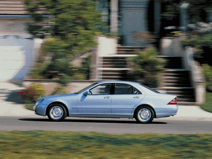 1998 Mercedes-Benz S320 ( W220 ) 12