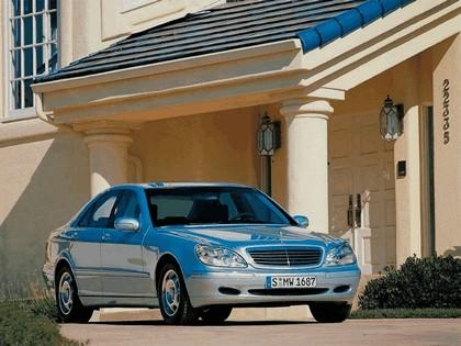 1998 Mercedes-Benz S320 ( W220 ) 16