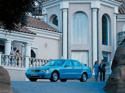 1998 Mercedes-Benz S320 ( W220 ) 18