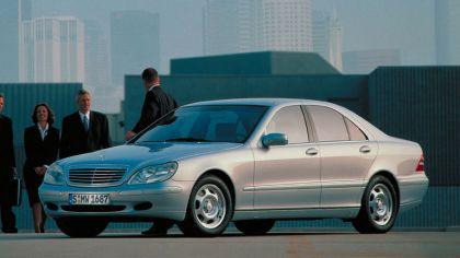 1998 Mercedes-Benz S320 ( W220 ) 3