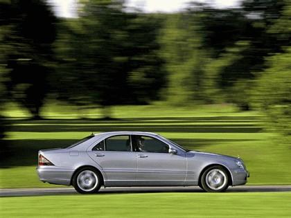 2002 Mercedes-Benz S500 ( W220 ) 4Matic 3