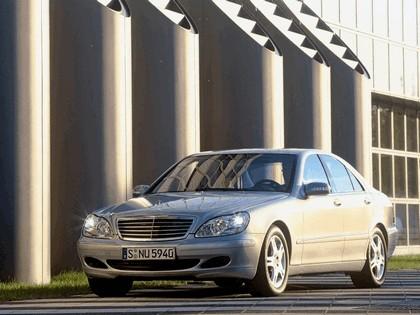 2002 Mercedes-Benz S500 ( W220 ) 4Matic 5