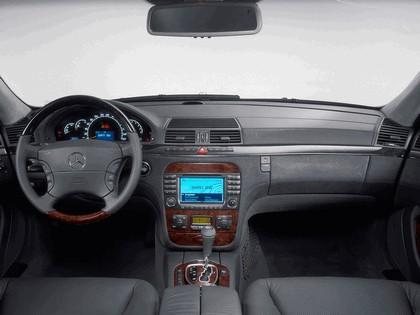2002 Mercedes-Benz S500 ( W220 ) 4Matic 21