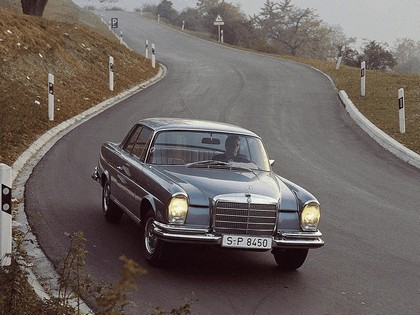 1968 Mercedes-Benz 280SE coupé ( W111 ) 2