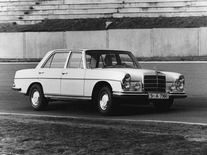 1968 Mercedes-Benz 300SEL 6.3 ( W109 ) 4