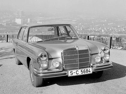 1968 Mercedes-Benz 300SEL 6.3 ( W109 ) 6
