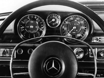 1968 Mercedes-Benz 300SEL 6.3 ( W109 ) 9