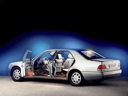 1992 Mercedes-Benz S500 ( W140 ) Guard 2