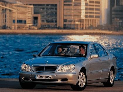 1998 Mercedes-Benz S500 ( W220 ) 4