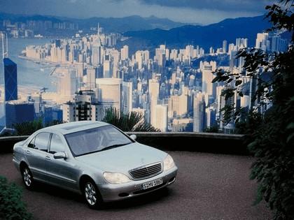 1998 Mercedes-Benz S500 ( W220 ) 7