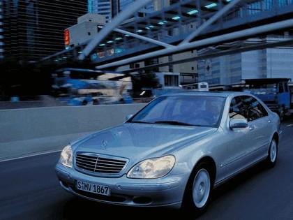 1998 Mercedes-Benz S500 ( W220 ) 8