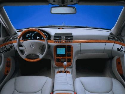 1998 Mercedes-Benz S500 ( W220 ) 10