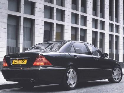 2002 Mercedes-Benz S600 ( W220 ) - UK version 2