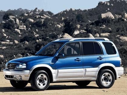 2004 Suzuki Grand Vitara 4