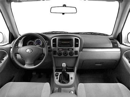 2004 Suzuki Grand Vitara 7