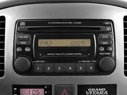 2004 Suzuki Grand Vitara 9