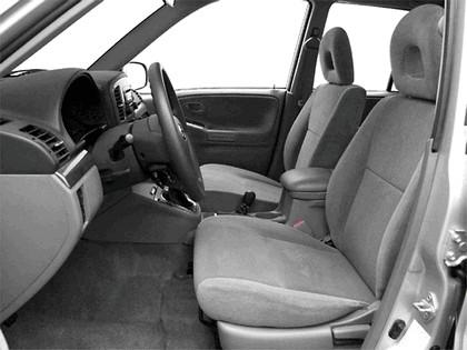 2004 Suzuki Grand Vitara 14