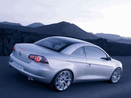 2004 Volkswagen Concept-C 8