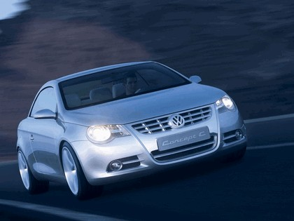 2004 Volkswagen Concept-C 11