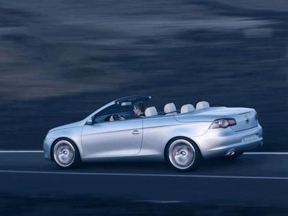 2004 Volkswagen Concept-C 12