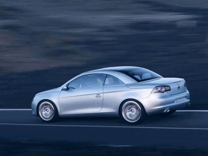 2004 Volkswagen Concept-C 13