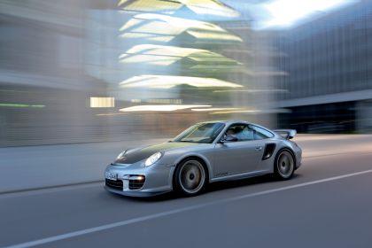 2010 Porsche 911 ( 997 ) GT2 RS 5