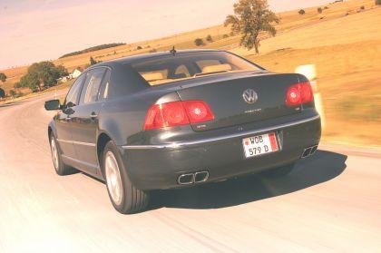 2004 Volkswagen Phaeton 6