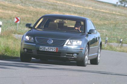 2004 Volkswagen Phaeton 7