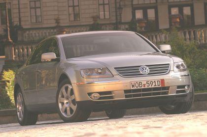 2004 Volkswagen Phaeton 17