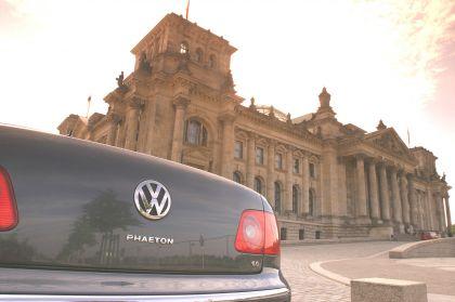 2004 Volkswagen Phaeton 18