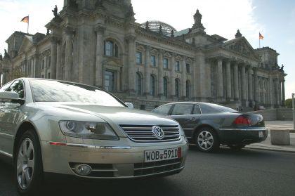 2004 Volkswagen Phaeton 20