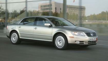 2004 Volkswagen Phaeton 4
