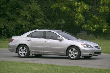 2005 Acura RL 11