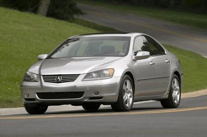 2005 Acura RL 16