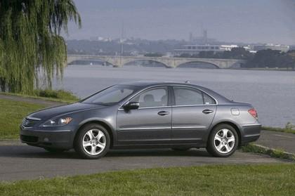 2005 Acura RL 29