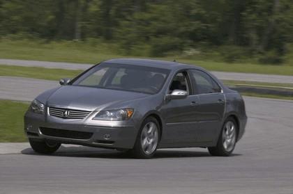 2005 Acura RL 35