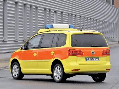 2010 Volkswagen Touran Notarzt 2