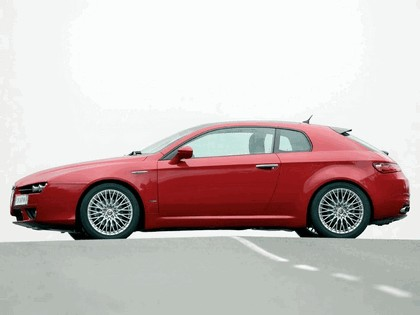 2005 Alfa Romeo Brera 21