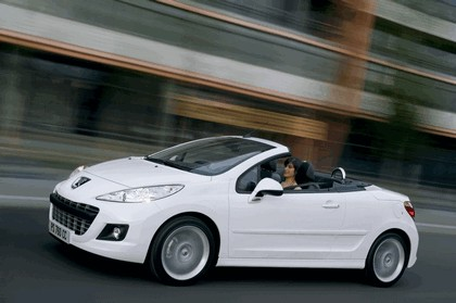 2009 Peugeot 207 CC 1