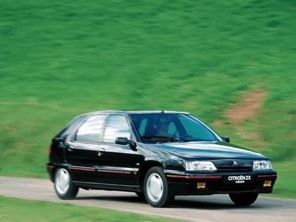 1991 Citroën ZX Volcane 5-door 1
