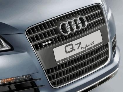 2005 Audi Q7 Hybrid 4.2 quattro concept 7