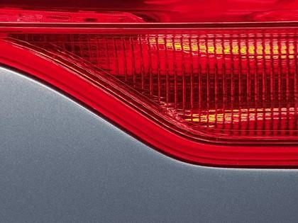 2005 Audi Q7 Hybrid 4.2 quattro concept 8