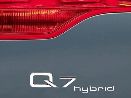 2005 Audi Q7 Hybrid 4.2 quattro concept 9